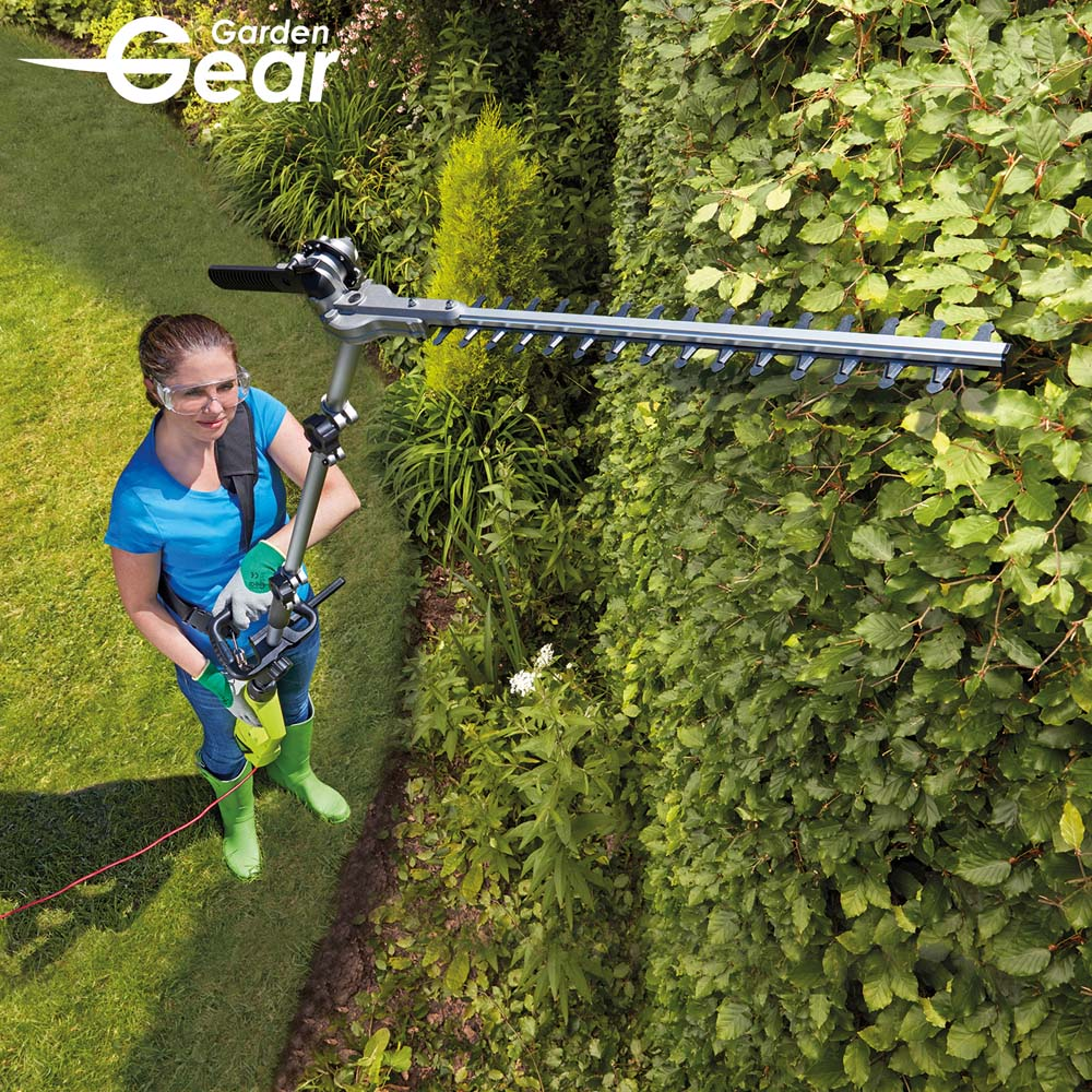 Image of Garden Gear 900W Extendable Hedge Trimmer