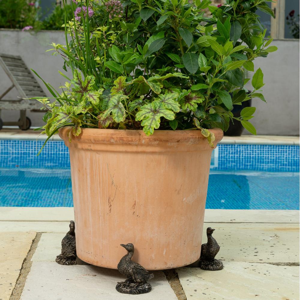 Image of Antique Bronze Coloured Aylesbury Duck Potty Feet - Plant Pot Feet