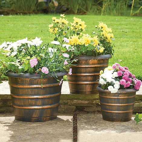 Beehive planters pack of 3 thompson morgan for Hive container homes