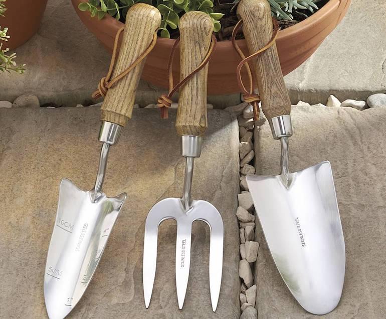rust free garden forks