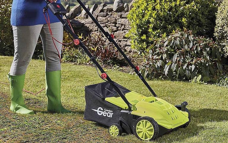 Garden Gear 2-in-1 Lawn Rake and Scarifier from Thompson & Morgan