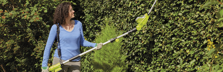 Garden Gear 20V Cordless Lithium-ion Telescopic Hedge Trimmer from Thompson & Morgan