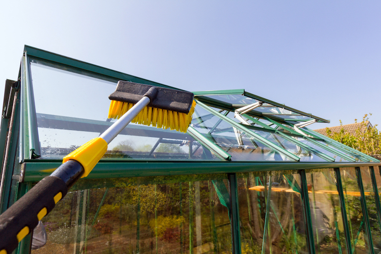 handle cleaning greenhouse roof